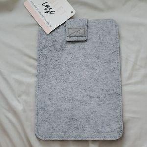 Gray Felt Electronics Table Sleeve Case